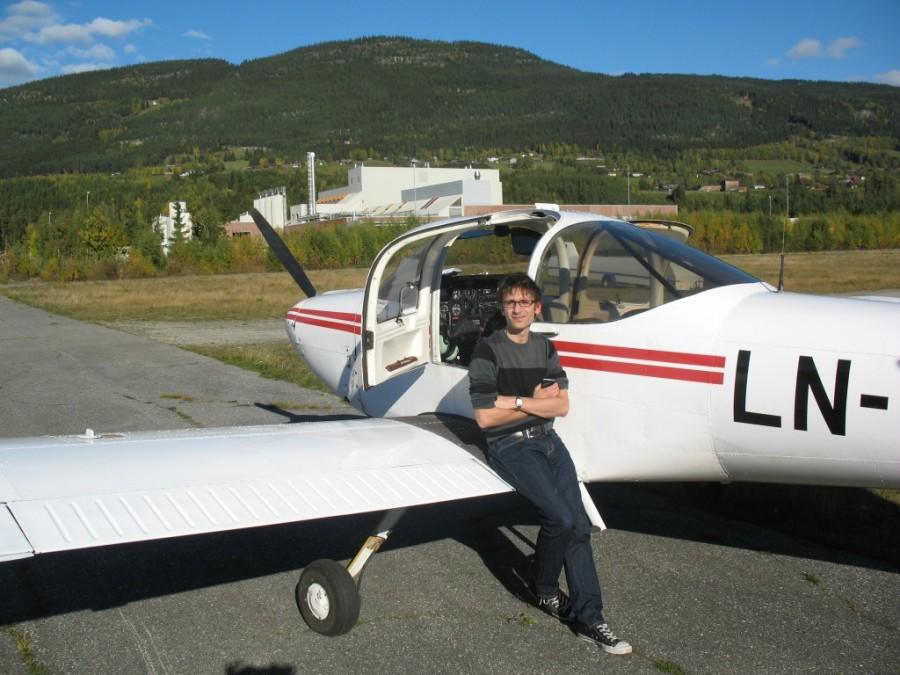 Flygeeken på Frya etter en vellykket landing.