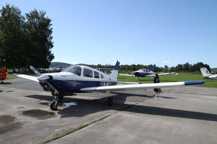 Piper PA-28-161 Warrior II, her i form av LN-MTJ på Kjeller.