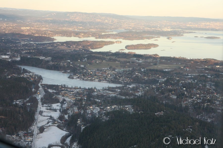 Over Heggedal i Asker ser man snøgrensen innover mot Oslo.