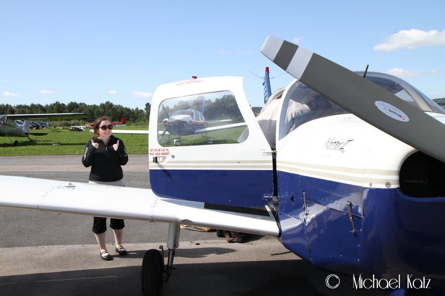 Spent samboer før første tur med småfly.