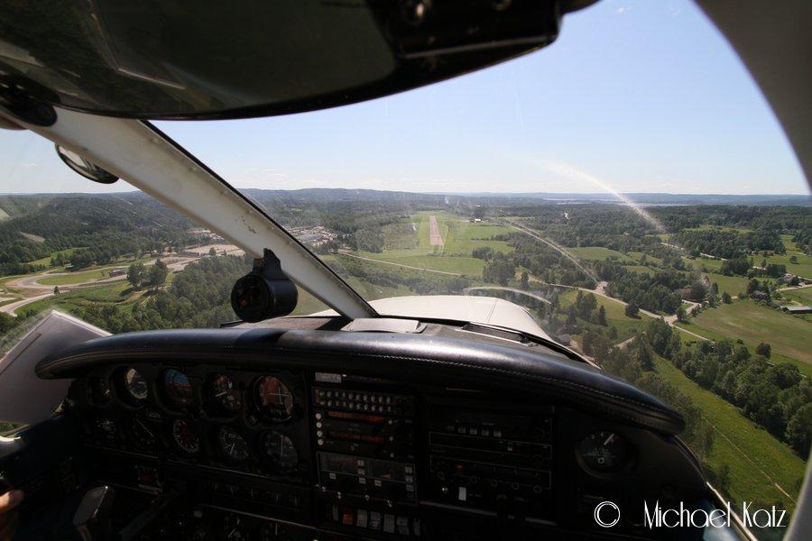 Final approach til RWY 19 på Arvika etter 40 minutter.