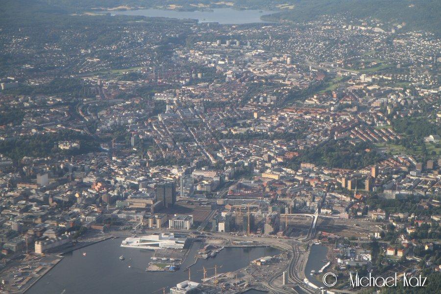 Oslo sentrum fra 3500 ft er en fantastisk skue.