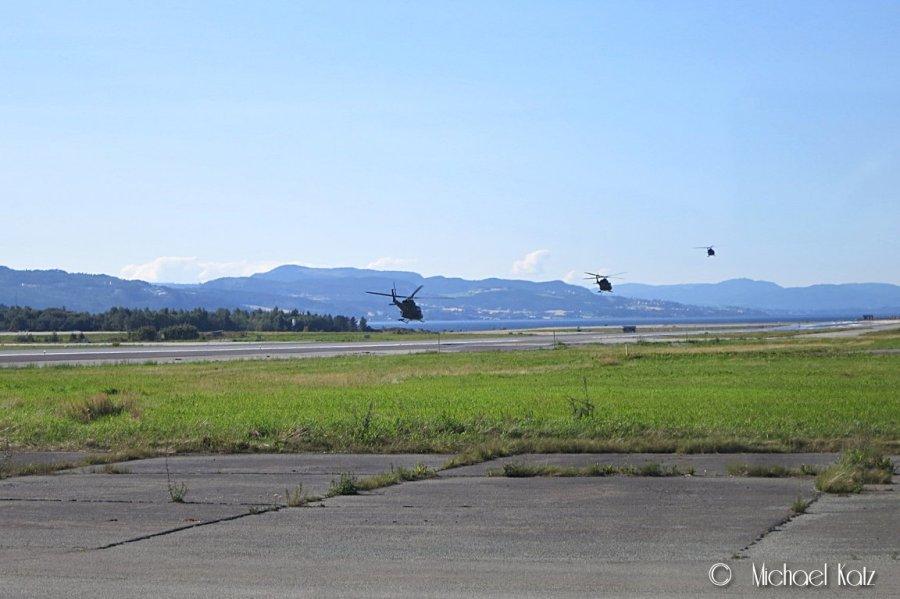 Man ser mye tøft når man er ute og flyr. Blant annet en formasjon av tre Bell 412 som hover-takser inn på rullebanen foran deg. Callsign var Hocus Blue.Man ser mye tøft når man er ute og flyr. Blant annet en formasjon av tre Bell 412 som hover-takser inn på rullebanen foran deg.