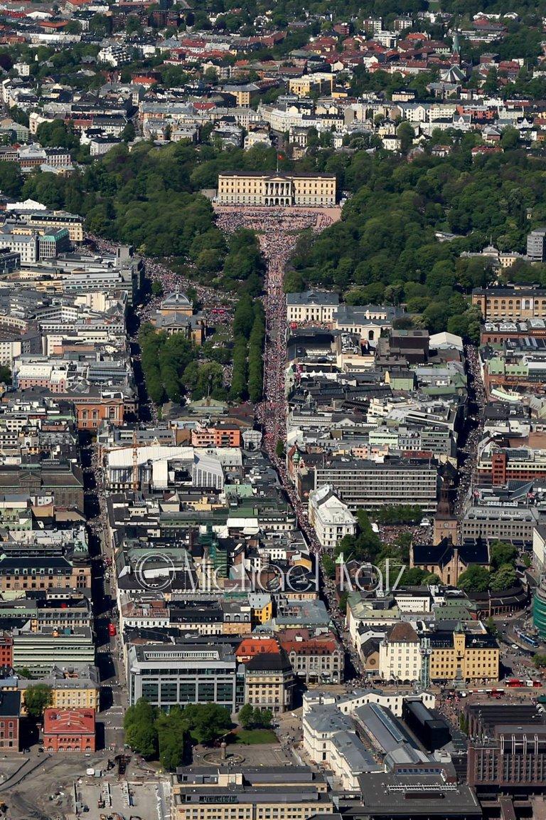 17. mai i Oslo er best 2000 fot opp.