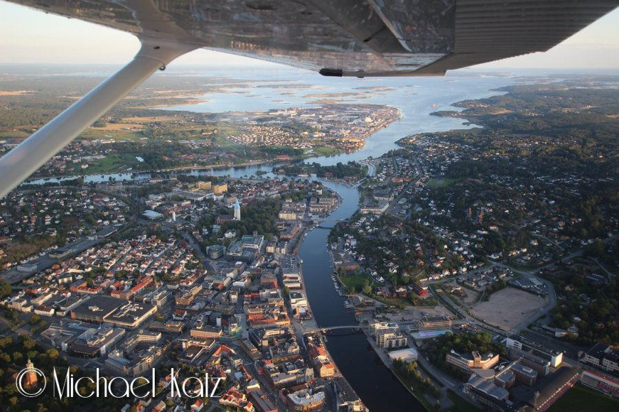 Fredrikstad en kveld i slutten av august.