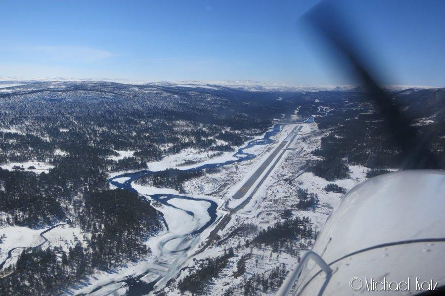 Lowpass over Dagali flyplass.