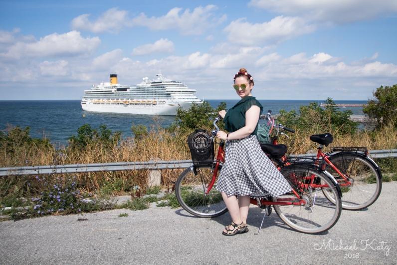 På sykkeltur på landsbygda utenfor Visby.